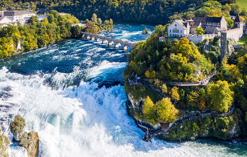 萊茵瀑布遊船