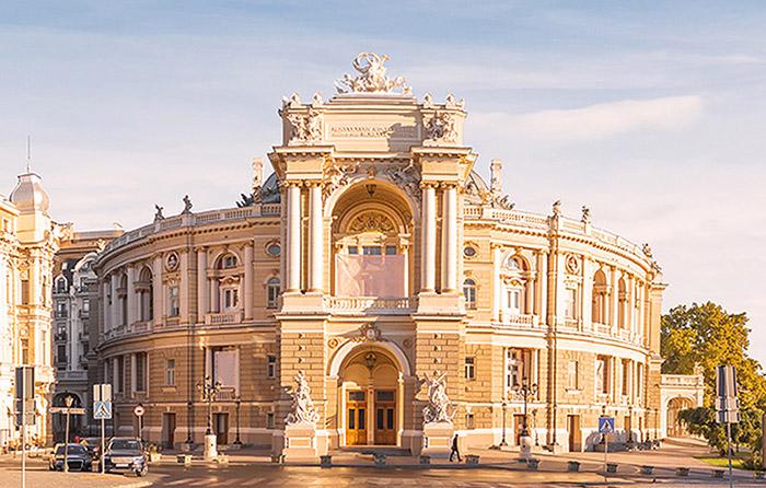 敖德薩歌劇芭蕾劇院
