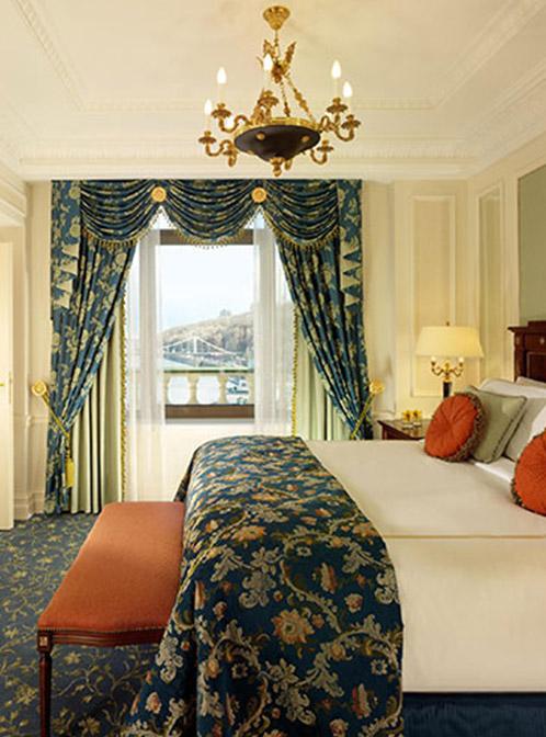 Fairmont Grand Hotel kyive