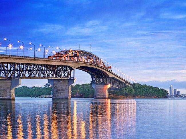 奧克蘭海灣大橋