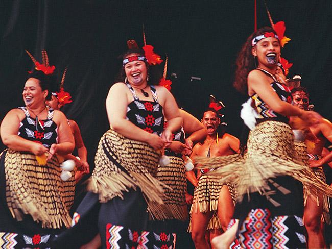羅托魯瓦毛利歌舞秀